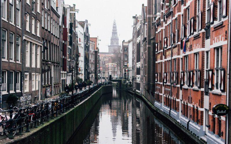 Amsterdam huizen kopen